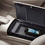 2014 Mercedes Benz S Class Accessories iphone dock