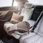 2014 Mercedes Benz S Class Accessories shawl and pillow