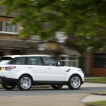 2014 Range Rover Sport in motion