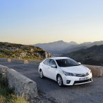 2014 Toyota Corolla European specification (45)