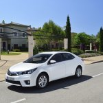2014 Toyota Corolla European specification (47)