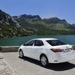 2014 Toyota Corolla European specification (51)