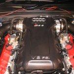 Audi RS 5 engine bay