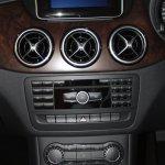 Centre console of the Mercedes B 180 CDI