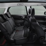 Fiat 500L Living black interiors