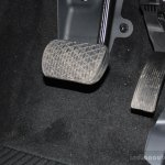 Foot well of the Mercedes B 180 CDI