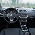 Interior of the 2014 Suzuki Sx4 S-Cross