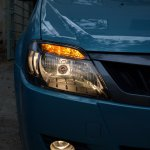 Mahindra Verito Vibe headlight