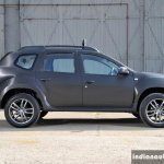 Renault Dacia Duster Black Edition side