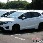 2014 Honda Jazz Fit await shipping 2