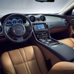 2014 Jaguar XJ interior