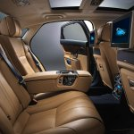 2014 Jaguar XJ rear seat legroom