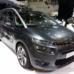Front three quarter of the 2014 Citroen Grand C4 Picasso
