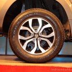 Nissan Terrano alloy wheel design