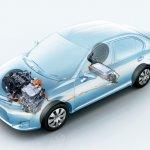 Toyota Corolla Axio Hybrid Japan - layout