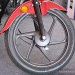 Wheel of the Honda Dream Neo