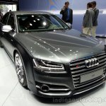 2014 Audi S8 Front Left