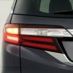 2014 Honda Odyssey stoplight