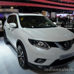 2014 Nissan X-Trail 5+2 front three quarter