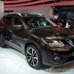 2014 Nissan X-Trail front three quarters