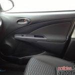 2014 Toyota Etios Brazil - door pads