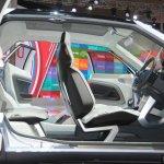 Daihatsu CUV Concept interior