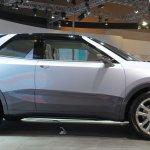 Daihatsu CUV Concept side view