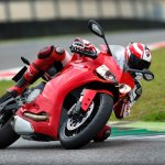 Ducati 899 Panigale on track