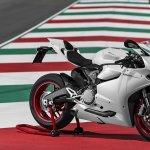 Ducati 899 Panigale white