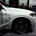 Front fender of the 2014 BMW X5 M50d