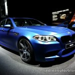 Front three quarter of the 2014 BMW M5