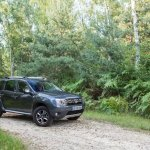 Front three quarter of the 2014 Dacia Duster