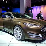 Front three quarter of the Ford Mondeo Vignale Concept sedan