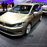 VW Golf Sportsvan Concept Front Right