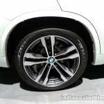 Wheel of the 2014 BMW X5 M50d