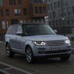2013 Range Rover Hybrid front