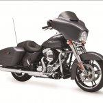2014 Harley-Davidson Street Glide front three quarters