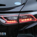 2014 Toyota Harrier HSD badge