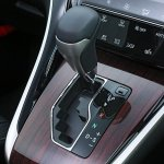 2014 Toyota Harrier gear shifter