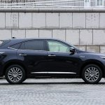 2014 Toyota Harrier side