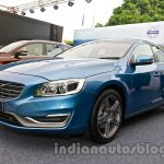 2014 Volvo S60 facelift India front three quarters