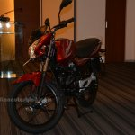 Bajaj Discover 100M front three quarters