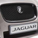 Jaguar XF Carbon Pack grille