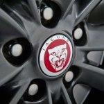 Jaguar XF Carbon Pack wheel cap