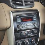 Nissan Terrano central console