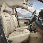 Nissan Terrano driver side interior