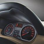 Nissan Terrano speedometer