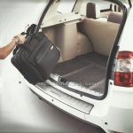 Nissan Terrano tailgate entry guard