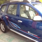 Renault Duster Anniversary Edition body graphics