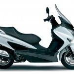 Suzuki Burgman 200 side